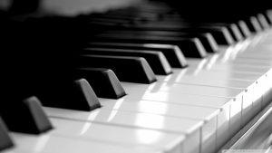 305803-piano